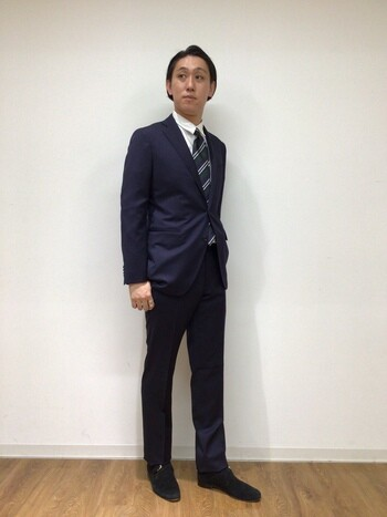 新作!ネイビースーツ