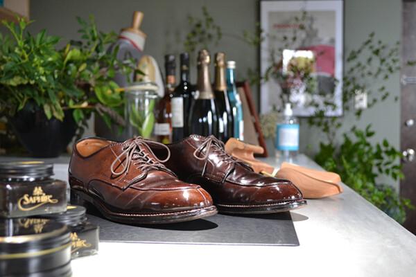 金大出身の靴磨き職人。 相賀善博氏によるシューシャイン(靴磨き)イベントを開催!